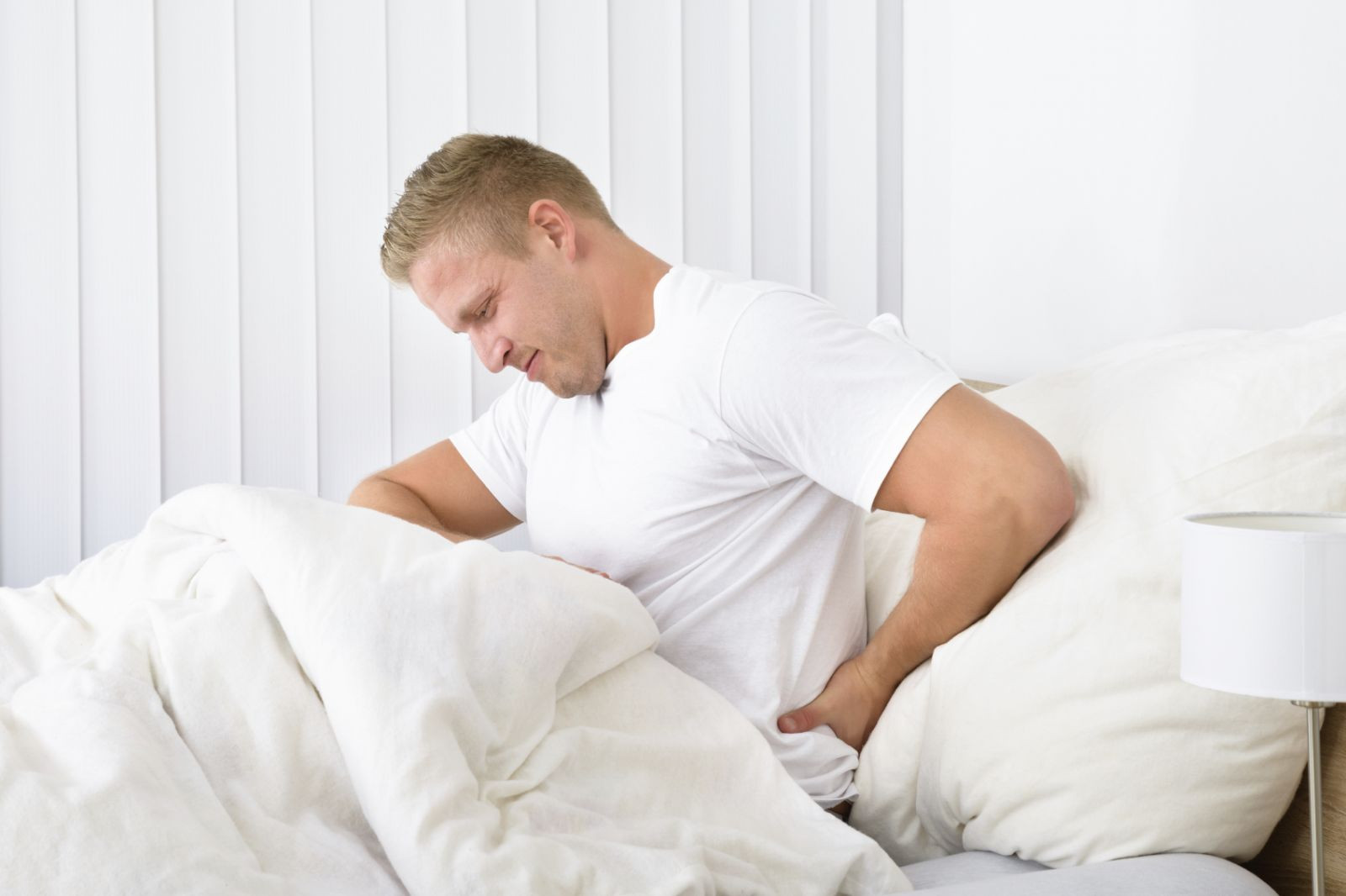 How To Choose Mattress Ideal For People With Back Pain